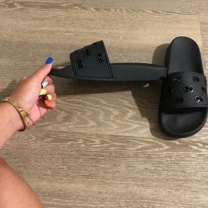 women's black Gucci slides size 7 1/2